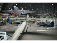 全國唯一有懸吊飛機的博物館 34架國寶級軍機一次看