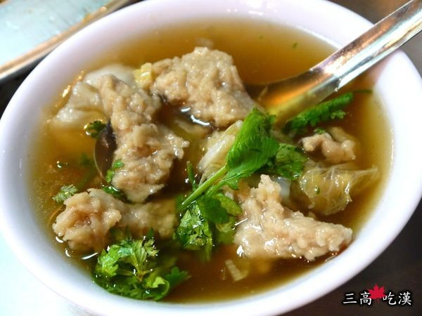 基隆廟口夜市懶人包!石斑魚湯、蚵仔煎、滷肉飯