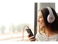 三萬英呎有wifi了!歐、美航線明年推出超高速網路