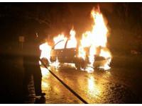 宜蘭男欠債與妻多次爭執 車內燒炭起火被燒成焦屍