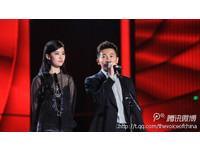劉亦菲薄紗罩體《中國好聲音》頒獎 那英學生梁博奪冠
