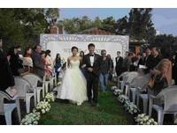 300年古蹟見證愛情 紅毛城草坪舉辦浪漫婚禮