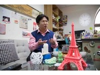 印自己的未來 世新開3D建模與列印專班連外籍生搶修