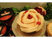 送朵浪漫給媽咪!酷聖石推「玫瑰初心」冰淇淋蛋糕