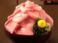 午餐限定!東京居酒屋推「生魚片吃到飽」每人僅330元
