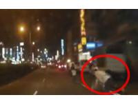 19歲美籍傳教士傳道踩空自摔! 遭後車輾過口鼻出血亡