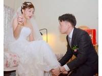 攝影師技術太差!新人被拍得歪臉嘴斜 婚禮紀錄照全毀