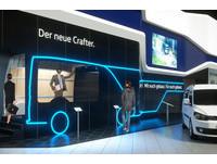 VR還能這樣用 福斯推虛擬實境賞車服務