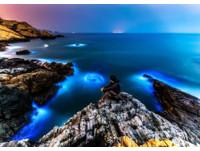 馬祖北海坑道無光害音樂會 吉他手乘小船划過藍眼淚