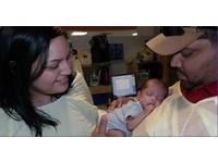 擠都擠不完! 德州新手媽「乳量豐沛」捐58公升母乳
