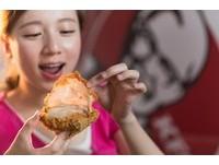 11種香料醃製!上校薄脆雞+咔啦脆雞 獨享餐129元