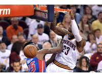 NBA季後賽/騎士單場轟20記三分彈 LBJ領軍海宰活塞
