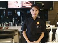 麥當勞職場體驗!漂亮咖啡師教拉花、外籍媽咪熱情好學