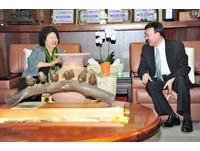 選在高雄!余天出道50週年開唱 陳菊:國寶級的歌唱家