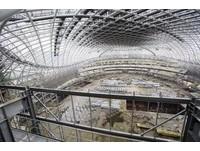 大巨蛋開放參觀卻被批廢蛋 議員轟市府不備資料打斷簡報