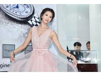 林志玲為浪琴露乳溝跳芭蕾 想找能戴對錶的另一半