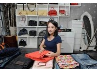 懶惰購物狂的救星! 正妹專職「衣櫃整理師」月入50K