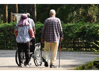 助年邁父母顧身心障礙兒 衛福部「雙老家園」明年試辦