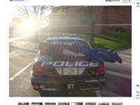 全球首例! 美青年警車上仆街被罰