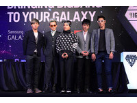 BIG BANG躲秘道避粉絲! T.O.P臭臉哈菸遭批壞榜樣