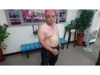 6男闖台灣民政府抗議 民眾:黑熊部隊拿鎮暴槍掃射!