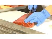 婦人吃生魚片吃到險癱瘓 開刀發現「脊髓爬滿寄生蟲」