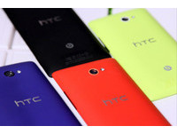 HTC 搭 Win8 新機 8X、8S 率先搶灘 超廣角自拍吸睛