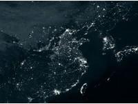 衛星中國夜景圖江蘇最亮 網友調侃:學生晚自習