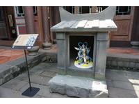 「聖堂救世主」塔薩達降臨林家花園 剪黏技法造雕像