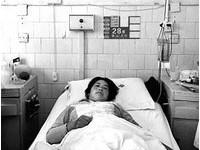考上醫科爸媽採「毒菇」慶祝 19歲女大生器官衰竭亡
