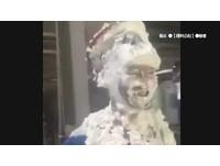 拿壽星頭「砸毀蛋糕」...白目友笑開懷 他怒:都20幾歲了