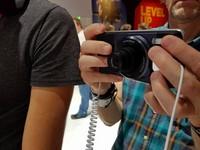哈蘇鏡頭上身!IFA直擊Moto Z Play、Mods模組手機配件