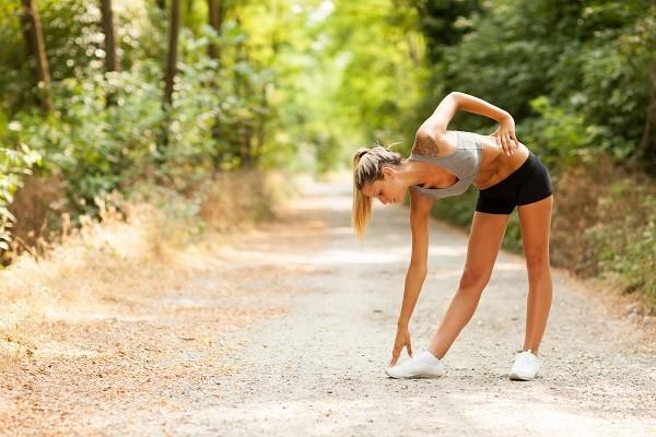 「健走」做对了吗?每分钟120步 骨科医教你怎么走不伤身