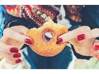 心情不好吃甜食? 這4個時刻吃超傷身...月經來也是!