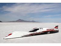 飆上421km/h 只需660cc的「小」引擎就夠!