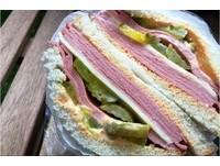 美店家「川普三明治」賣翻 夾「胡扯」酸:移民做的喔