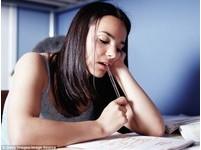 研究:更多的功課 孩子的成績不一定更好!