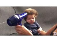2月大嬰兒成網路紅人 茂密髮量超可愛像「夢奇奇」