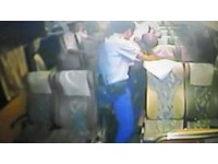 公車癡漢偷捏女大生屁股 正義司機直接送他進派出所