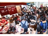 新光三越信義周年慶首日來客破28萬 熱賣商品大公開
