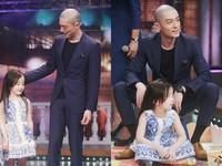 霍建華預習當奶爸 幫小女娃「溫柔綁頭髮」粉絲融化啦
