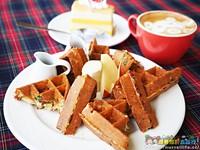 宜蘭海景咖啡館 超跳tone的現撈小卷、鴨賞鬆餅