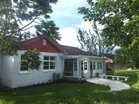 陽明山的「白房子」 美軍宿舍「重生」化作絕美咖啡館