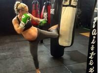 懷孕39周還在打拳擊 澳洲準媽咪超狂