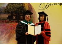 成大頒名譽博士學位 張瑞欽等3人獲獎