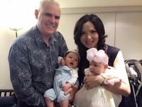 台灣試管嬰兒成功率高!異國戀夫妻一次順產混血龍鳳胎