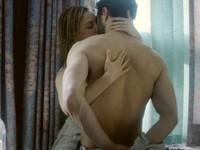 「格雷」尺度再開! 樹林舌戰交纏人妻激吻狂秀大肌肌