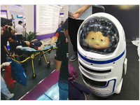 機器人「小胖」砸玻璃傷人 網:還沒上位就開始造反了