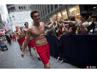 裸男不在業績差 A&F砸5億元提早關香港、南韓旗艦店