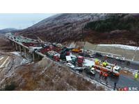 56輛車雨雪中撞成一團!山西高速公路死亡數上升至17人